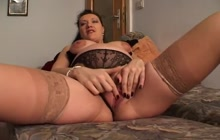 Pregnant girl doing a hot solo show