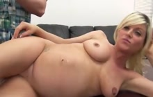 Pregnant blonde Cindy casting